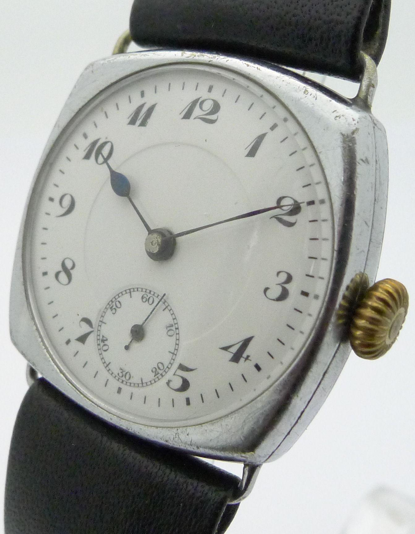 schweizer stahl herren armbanduhr tonneauform mit handaufzug 20er jahre ebay. Black Bedroom Furniture Sets. Home Design Ideas