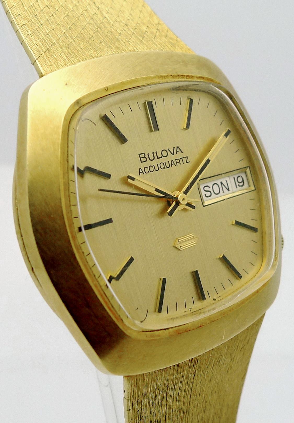 bulova accuquartz 18ct gold herren stimmgabel armbanduhr. Black Bedroom Furniture Sets. Home Design Ideas