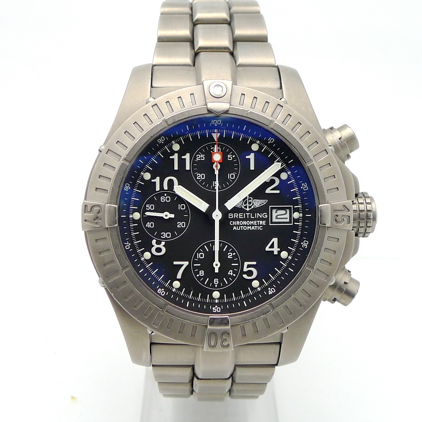 breitling chrono avenger titanium herren automatik. Black Bedroom Furniture Sets. Home Design Ideas